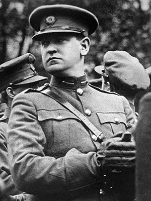 Commander_Michael_Collins